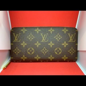 Louis Vuitton Zippy Monogram Organizer Wallet